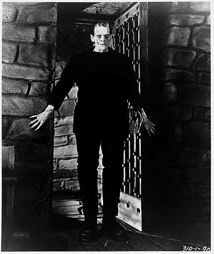 Frankenstein: Boris Karloff and Iván Zulueta « THE GIRL ...